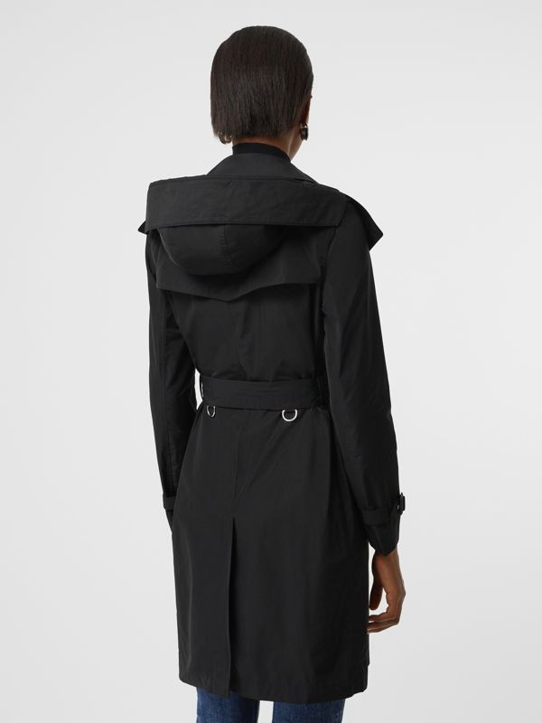 Trench coat in taffetà con cappuccio amovibile (Nero) - Donna | Burberry - cell image 2