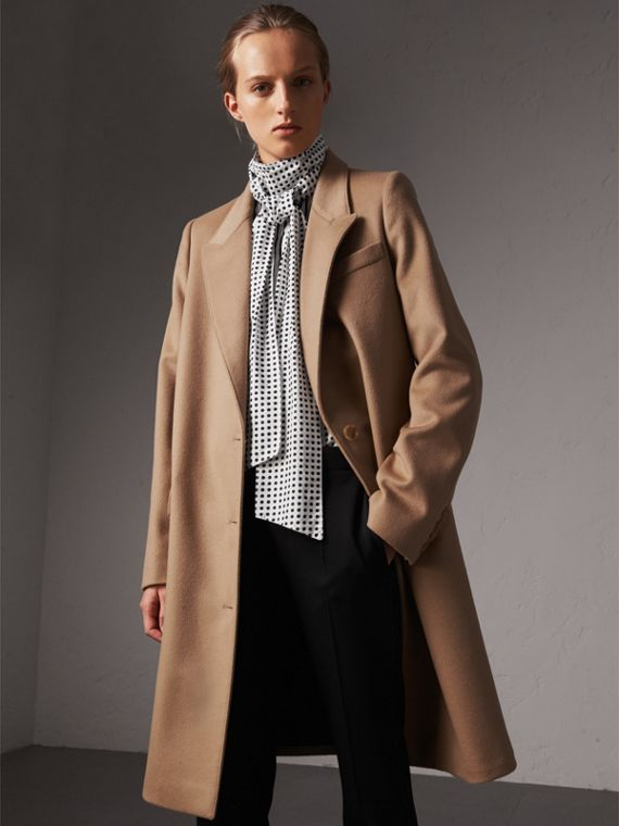 Wool Cashmere Tailored Coat in Camel