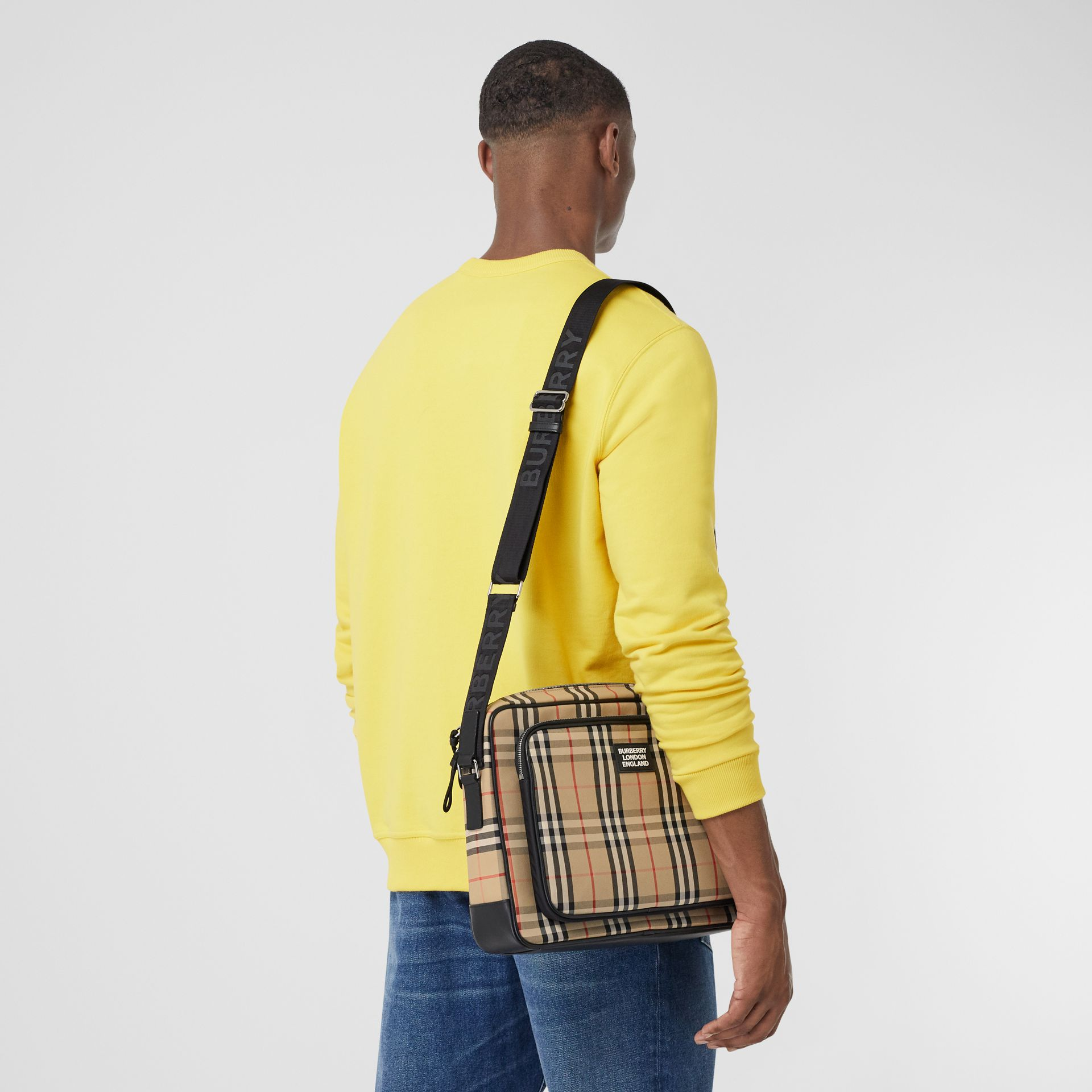 Vintage Check Cotton Messenger Bag in Archive Beige - Men | Burberry Hong Kong S.A.R - gallery image 2