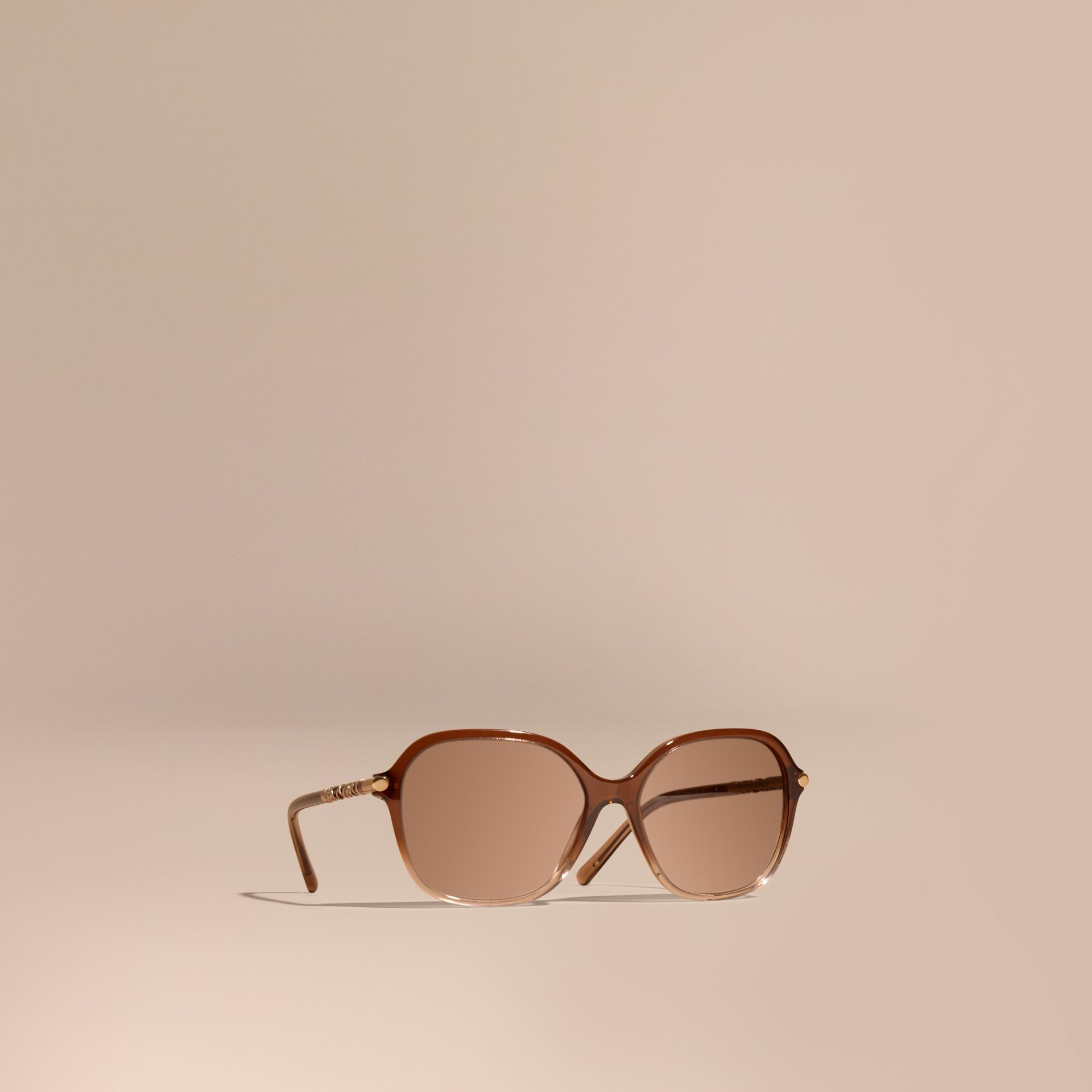 Check Detail Round Frame Sunglasses Brown - gallery image 1