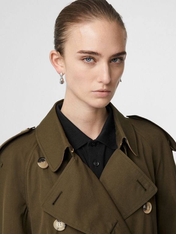 The Long Westminster Heritage Trench Coat in Dark Military Khaki - Women | Burberry Hong Kong - cell image 1