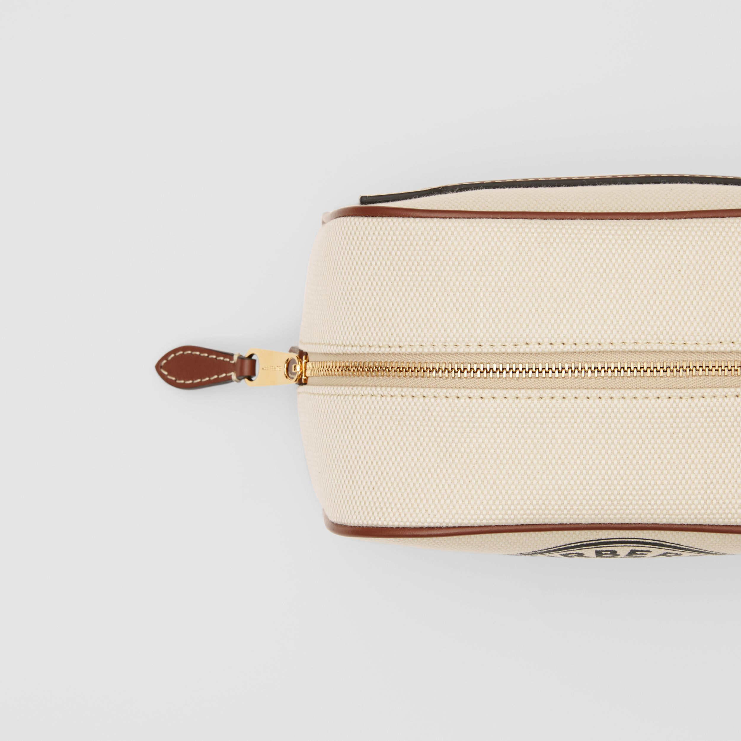 Small Logo Graphic Cotton Canvas Travel Pouch in White/tan - Women | Burberry Hong Kong S.A.R. - 2