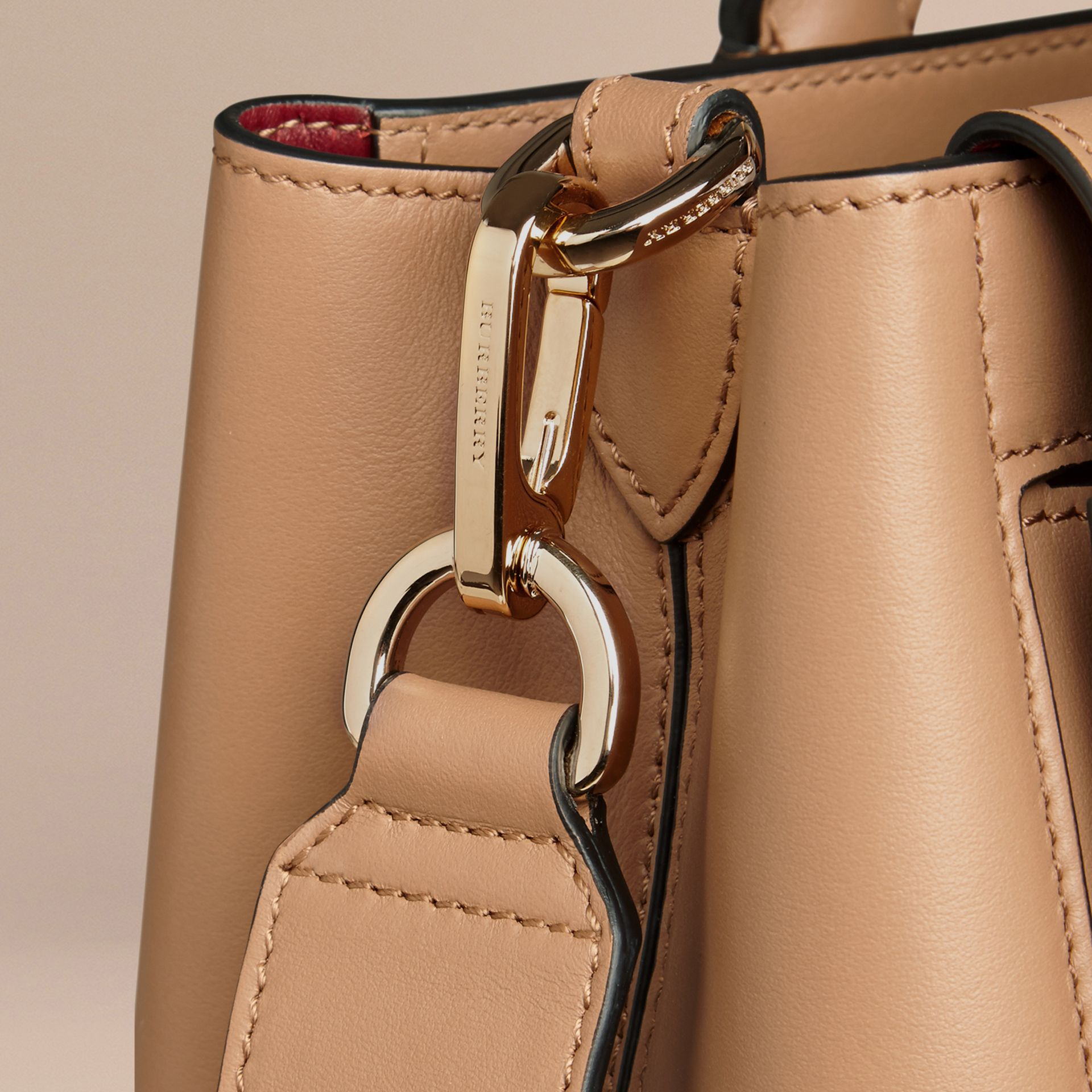 Camel The Medium Saddle Bag in Smooth Bonded Leather Camel - gallery image 6