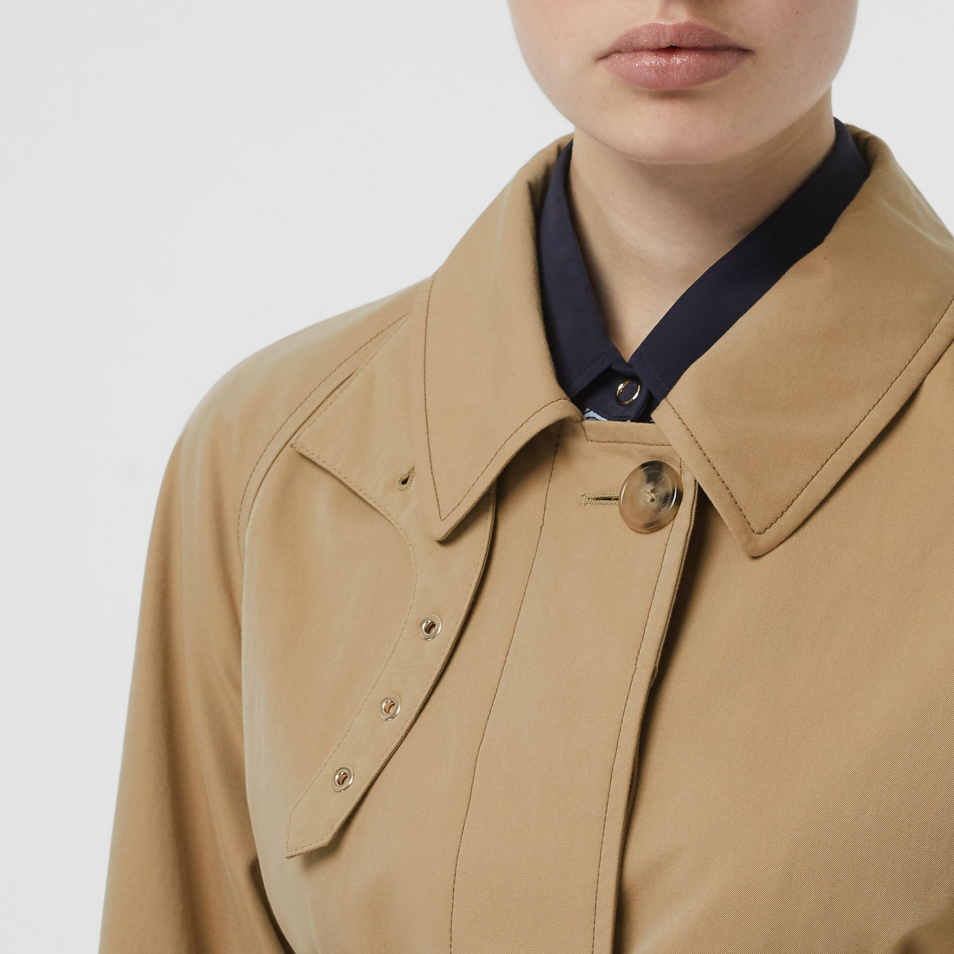 Corset-belt Cotton Gabardine Car Coat in Pale Honey - Women | Burberry - gallery image 4