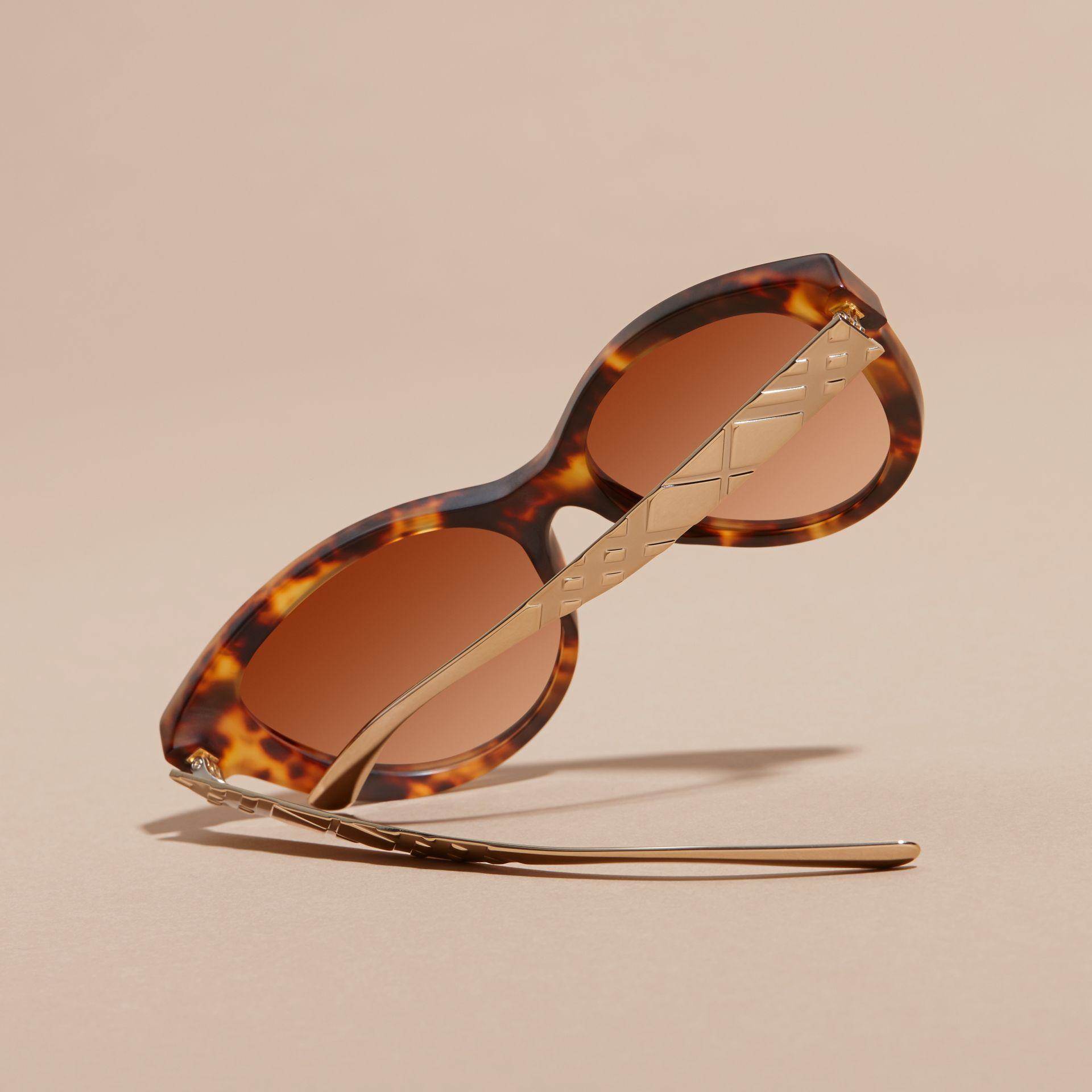 Tortoiseshell 3D Check Cat-eye Sunglasses Tortoiseshell - gallery image 4