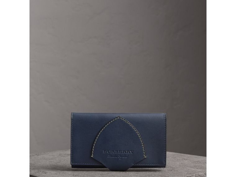 Equestrian Shield Two-tone Leather Continental Wallet in Mid Indigo - Women | Burberry Singapore - cell image 4