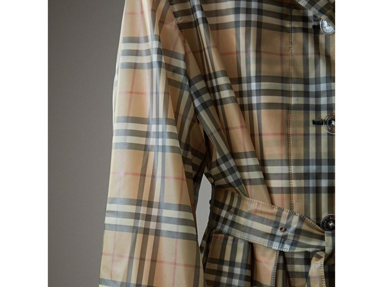 Vintage Check Soft-touch Plastic Single-breasted Coat in Antique Yellow - Women | Burberry - cell image 1
