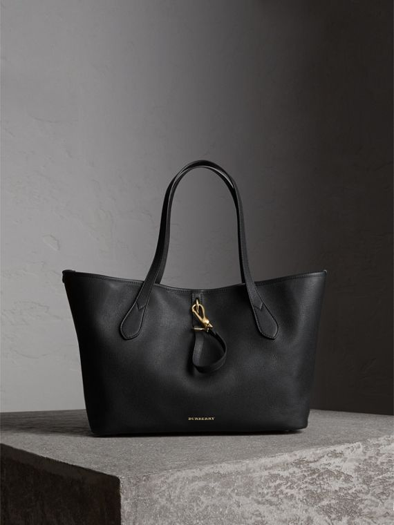 Medium Grainy Leather Tote Bag in Black