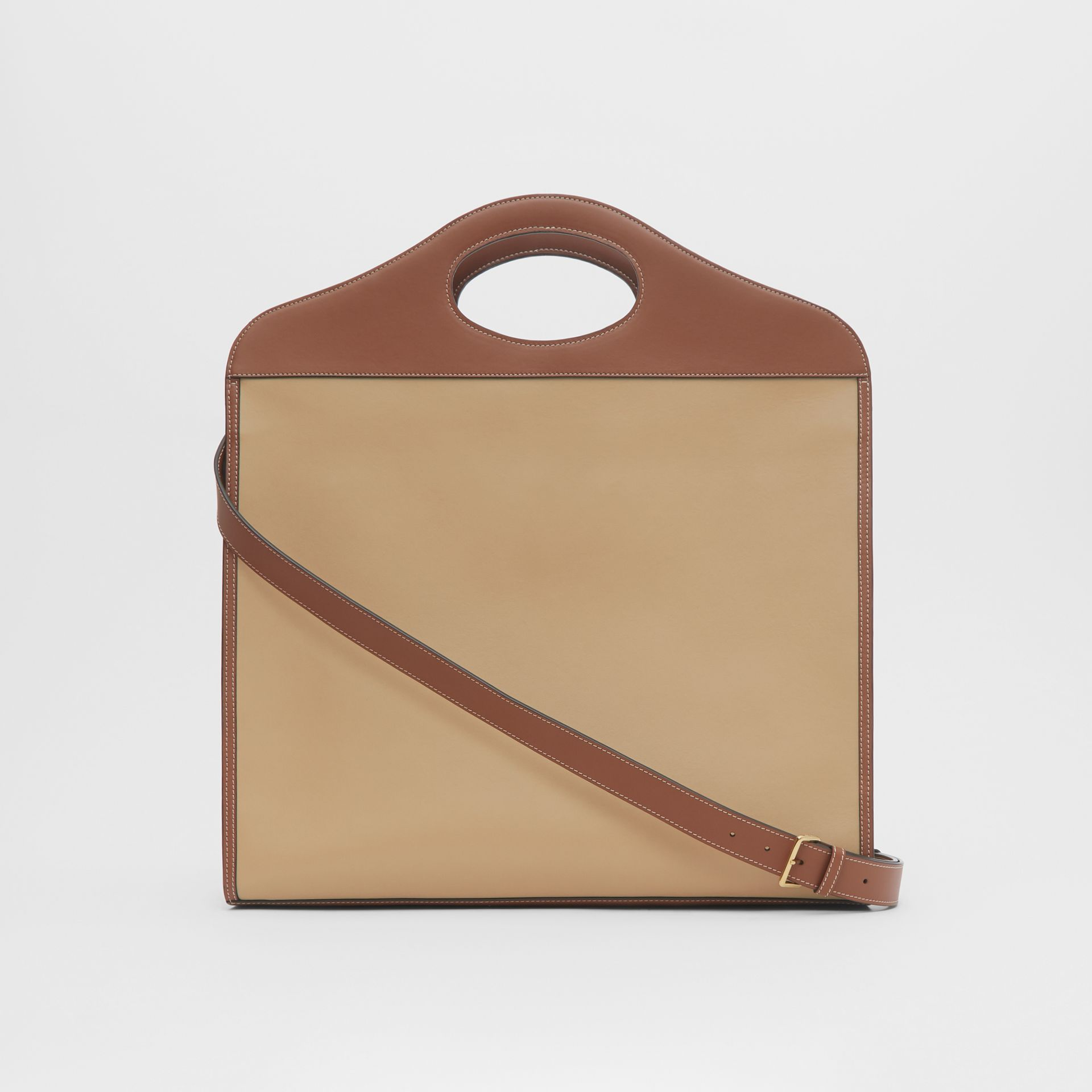 Extra Large Horseferry Appliqué Leather Pocket Bag in Honey - Women | Burberry United States - gallery image 3