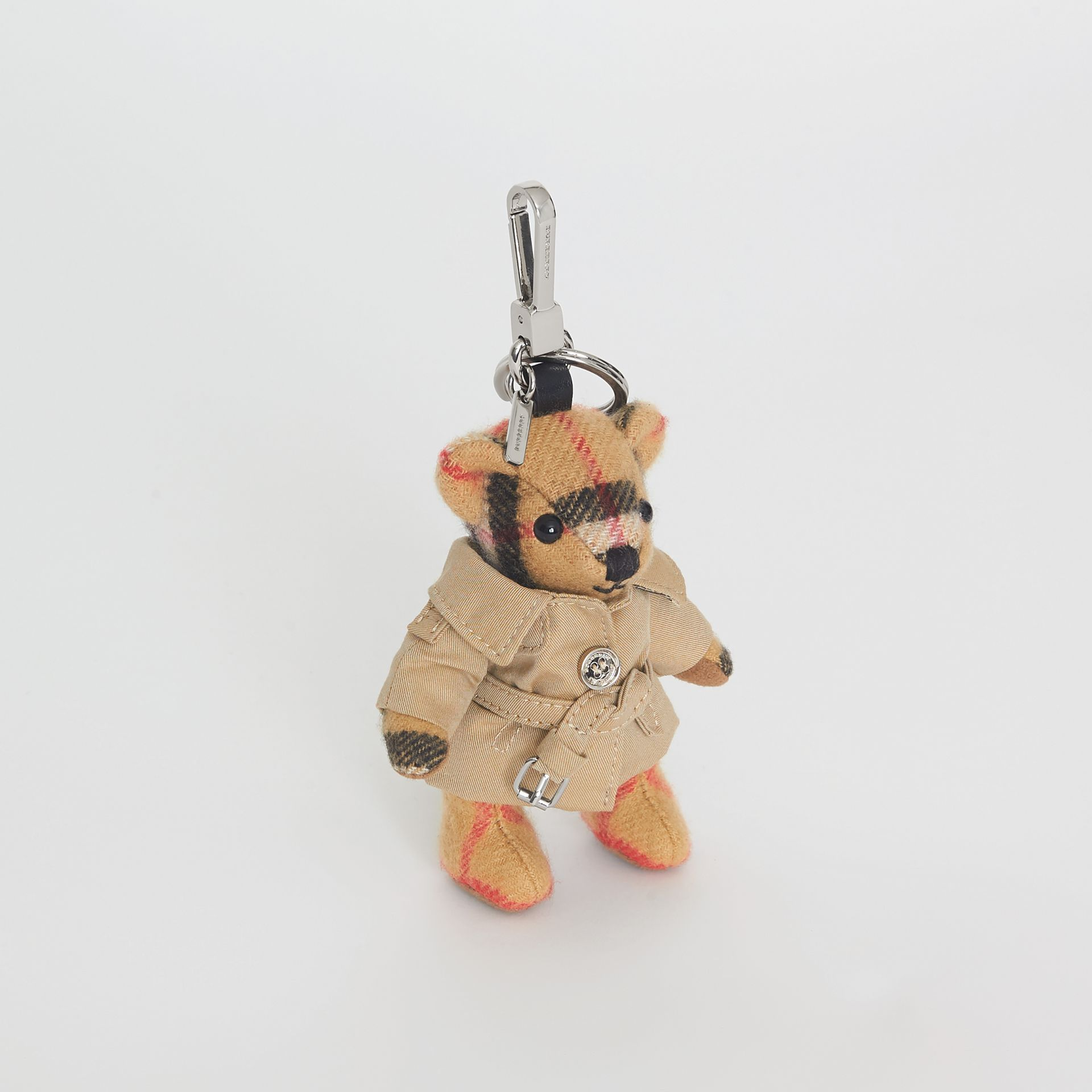 Bijou porte-clés Thomas Bear avec trench (Jaune Antique) | Burberry - photo de la galerie 0