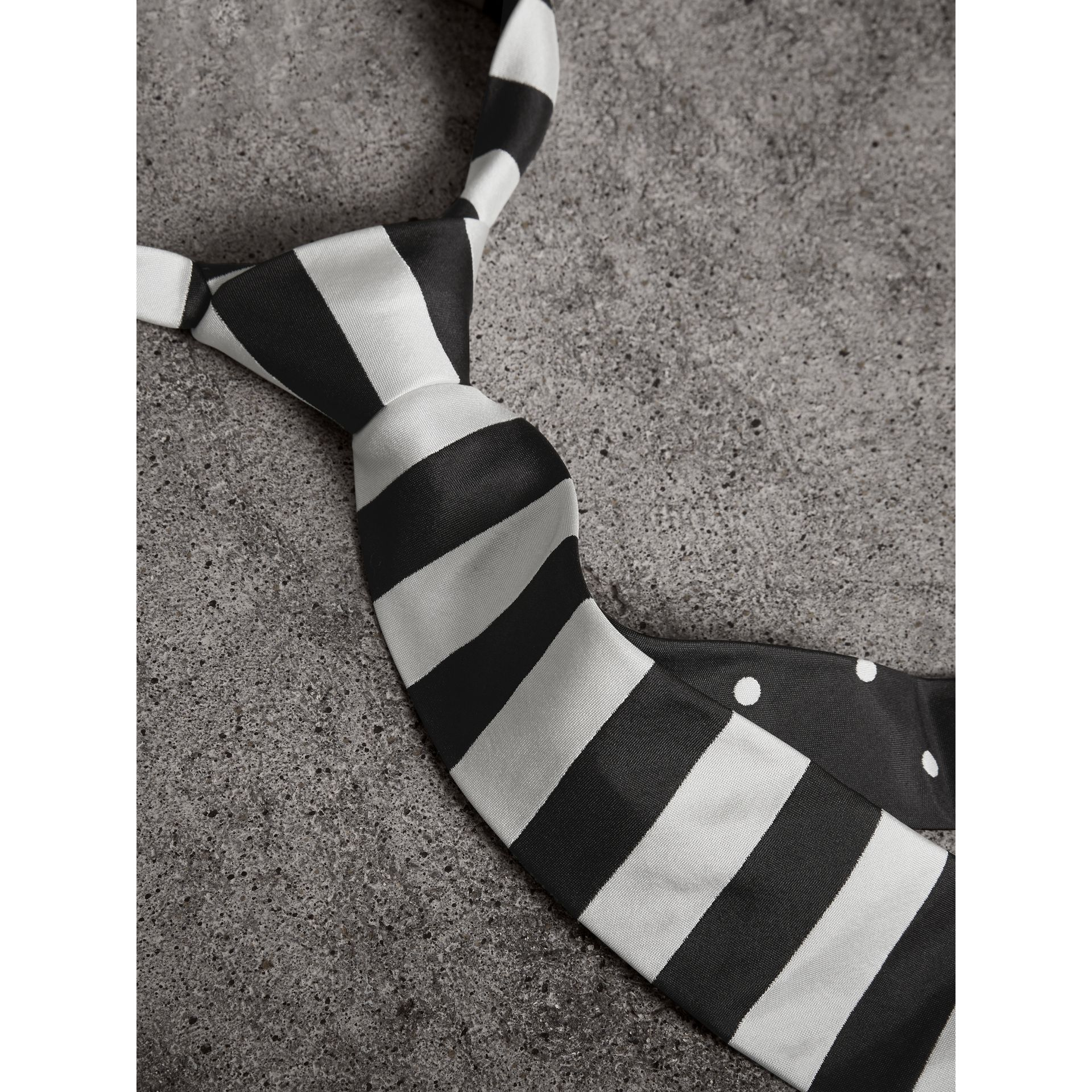 Slim Cut Striped Silk Twill Tie in Black - Men | Burberry United Kingdom - gallery image 2