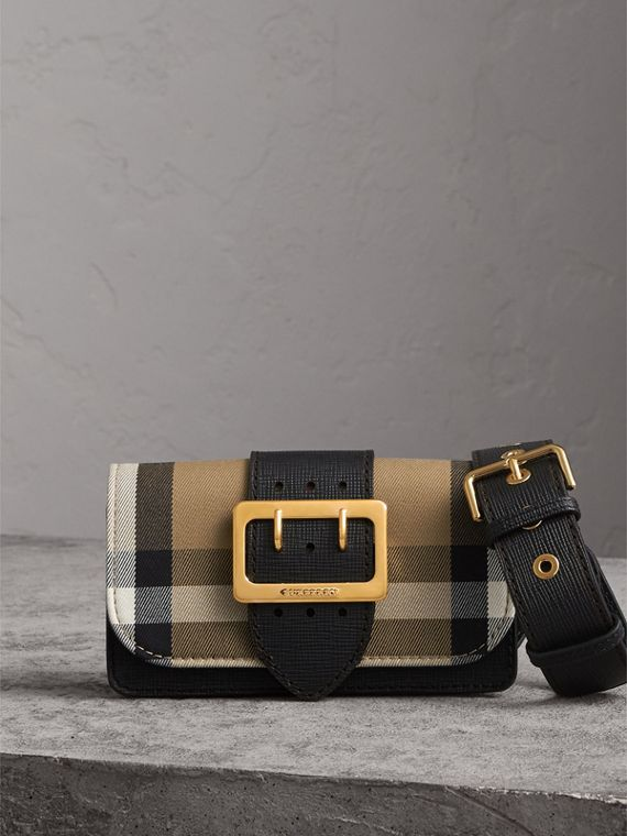 Borsa The Buckle piccola con motivo House check e pelle (Nero)