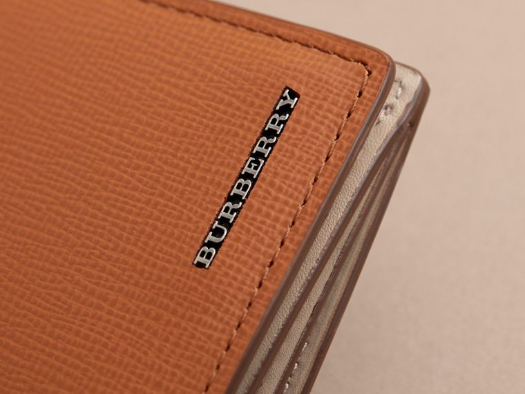 London Leather Continental Wallet in Tan | Burberry Australia - cell image 4