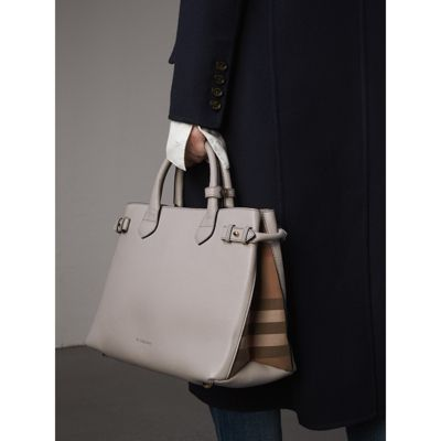 Burberry - Sac The Banner medium en cuir et coton House check - 4