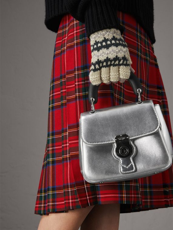 The DK88 piccola in pelle metallizzata con manico (Argento) - Donna | Burberry - cell image 3
