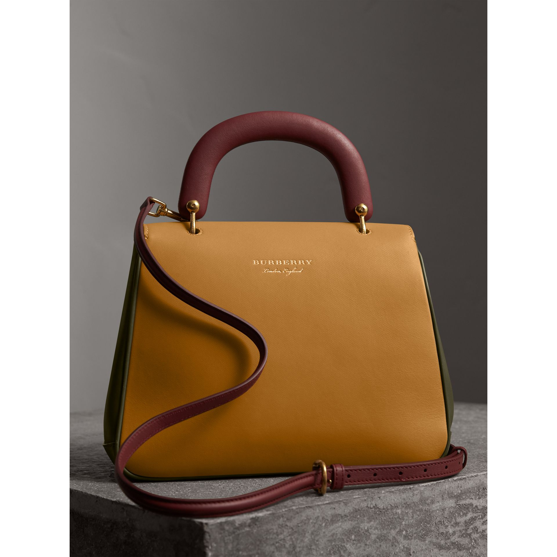 The Medium DK88 Top Handle Bag in Moss Green/ochre Yellow - Women | Burberry - gallery image 3