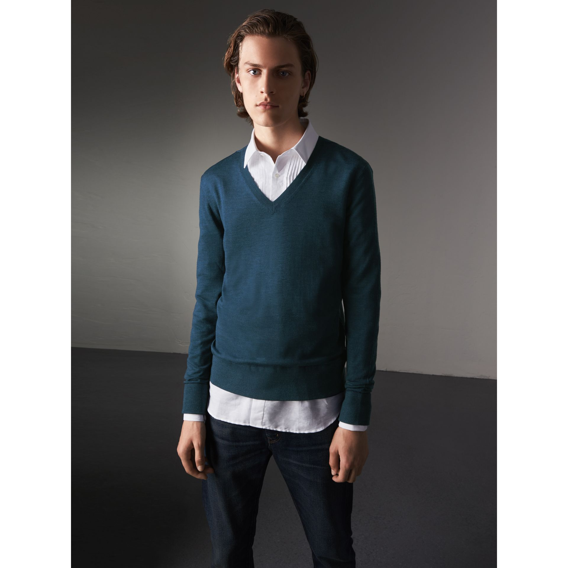 Merino Wool V-neck Sweater in Steel Blue - Men | Burberry Singapore - gallery image 5