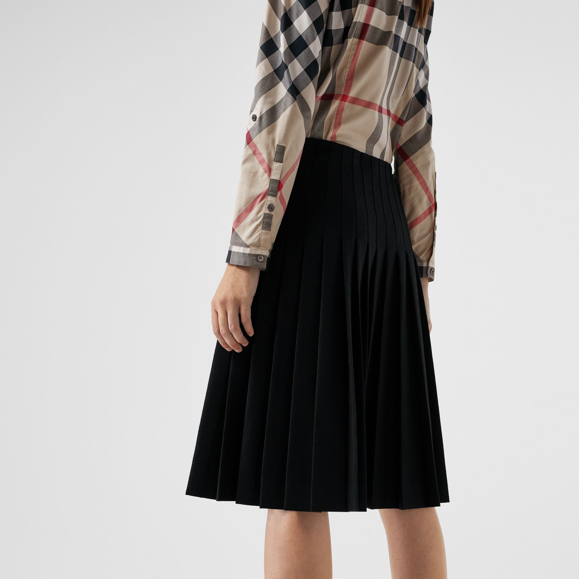 Stretch-Cotton Check Shirt in New Classic - Women | Burberry United States - gallery image 1