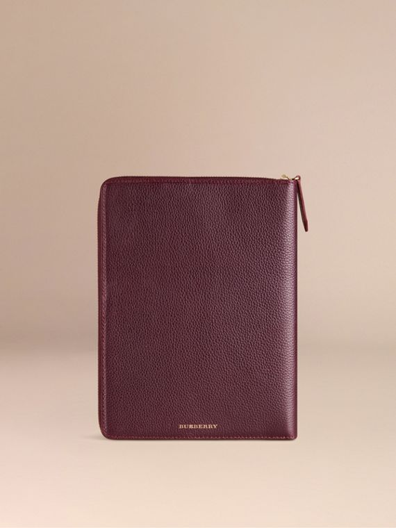 Ziparound Grainy Leather 18 Month 2016/17 A5 Diary in Dark Amethyst | Burberry Hong Kong - cell image 2
