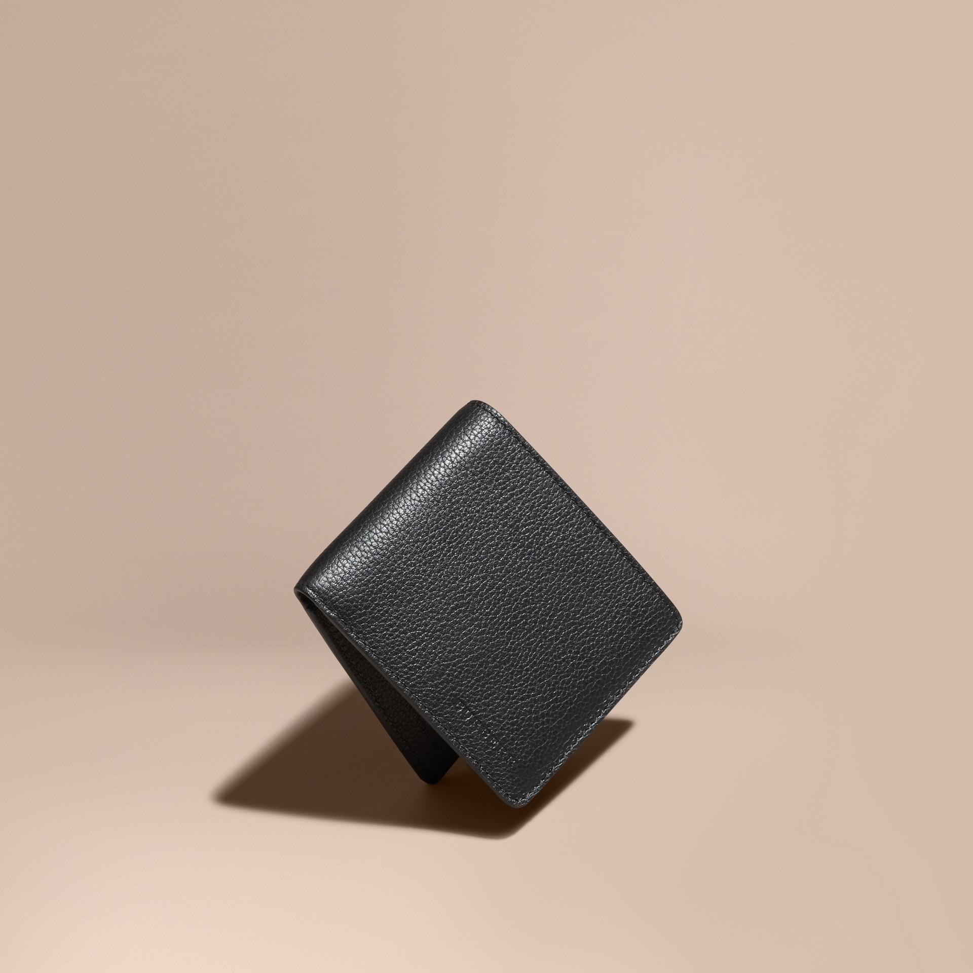 Negro Cartera plegable en piel Negro - imagen de la galería 1