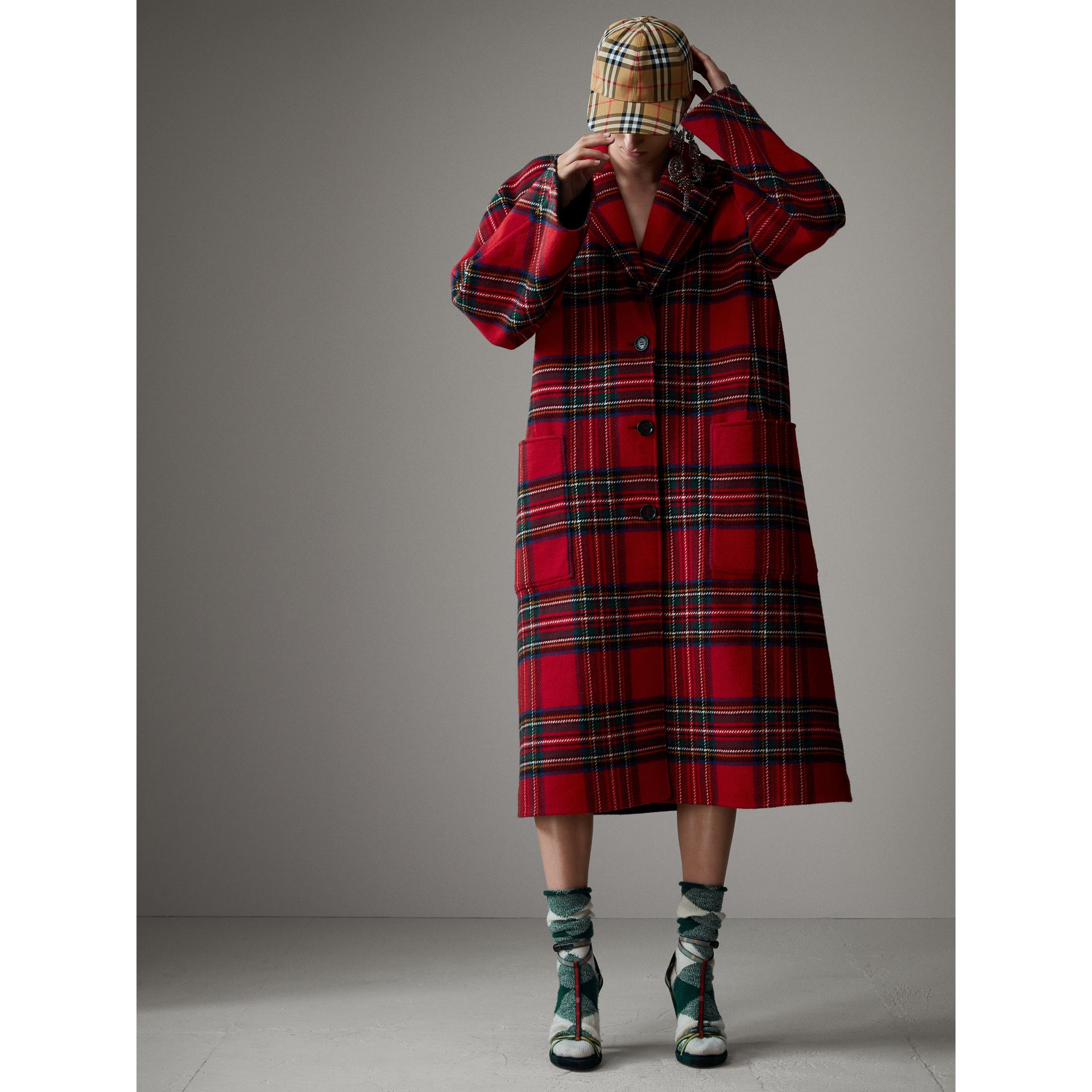 Tartan Double-faced Wool Cashmere Oversized Coat in Bright Red/dark Grey - Women | Burberry - gallery image 6