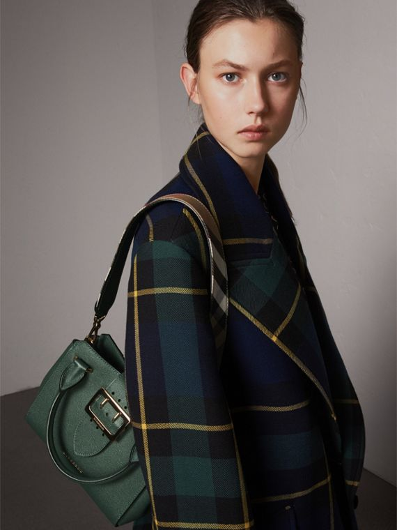 The Small Buckle Tote in Grainy Leather in Sea Green - Women | Burberry United Kingdom - cell image 3