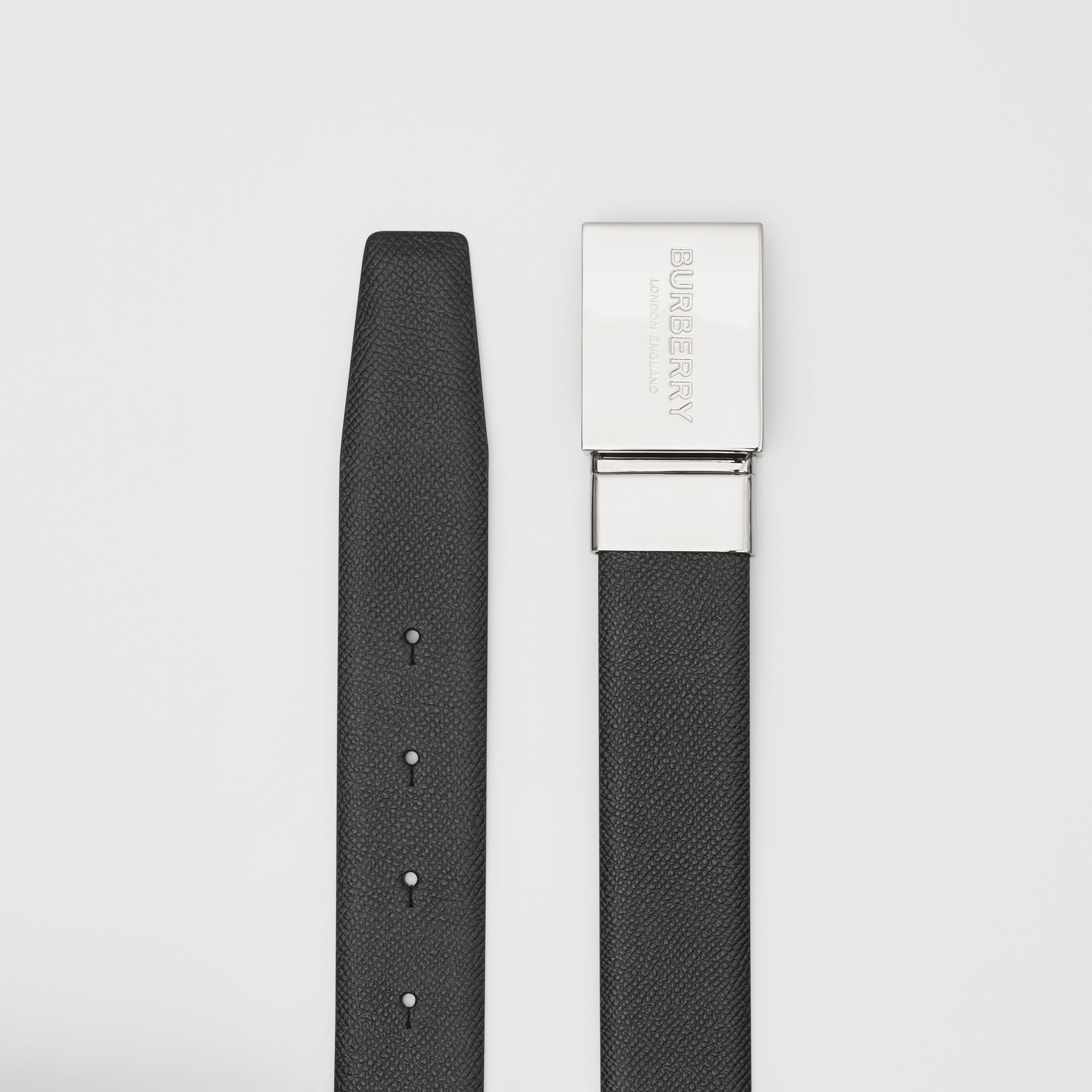 Reversible Plaque Buckle Grainy Leather Belt in Black/navy - Men | Burberry - gallery image 7