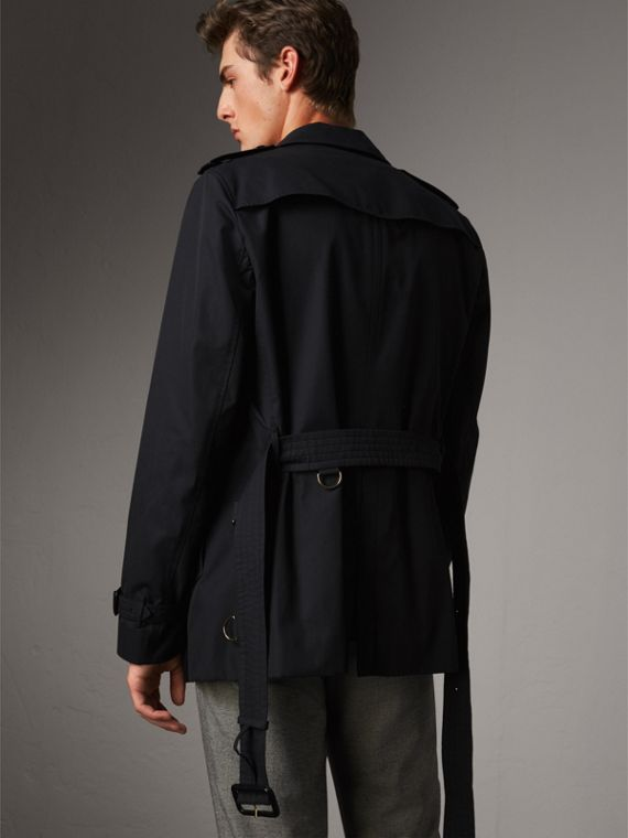The Chelsea – Short Heritage Trench Coat in Navy - Men | Burberry - cell image 2