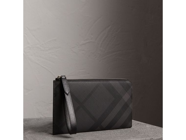 London Check Travel Wallet in Charcoal/black - Men | Burberry United Kingdom - cell image 4