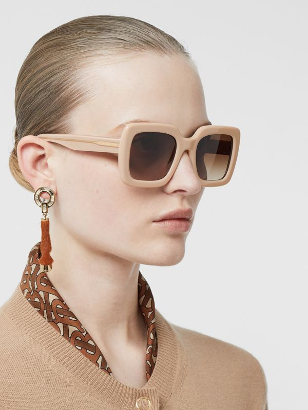 Oversized Square Frame Sunglasses in Honey - Women | Burberry - cell image 2