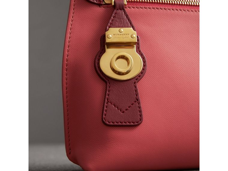 Two-tone Trench Leather Wristlet Pouch in Blossom Pink/antique Red - Women | Burberry - cell image 1