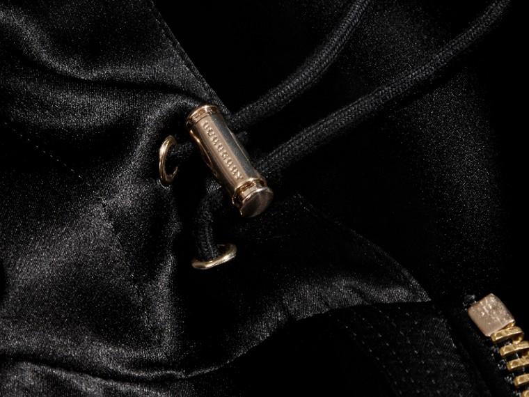 Nero Giacca con cappuccio in raso di seta - cell image 1