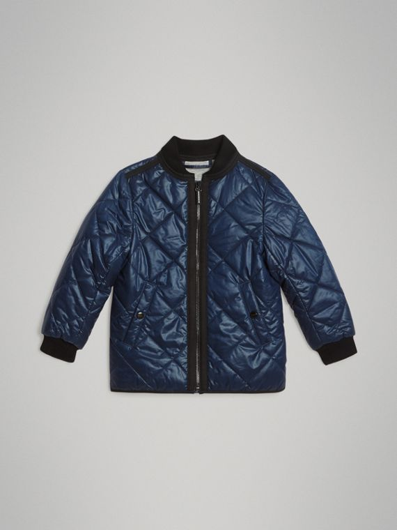 Showerproof Diamond Quilted Jacket in Navy