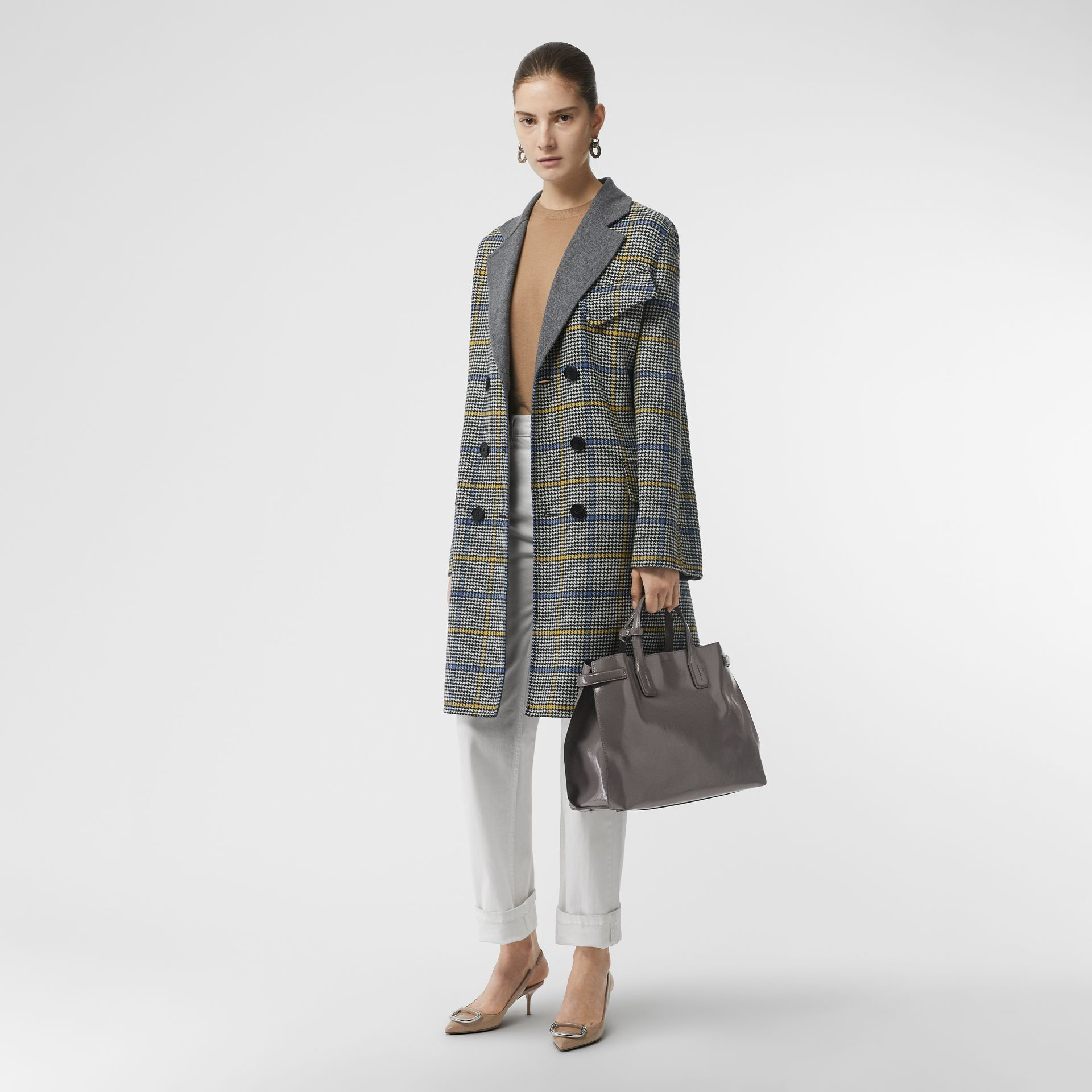 The Medium Soft Leather Banner in Sepia Grey - Women | Burberry Singapore - gallery image 5