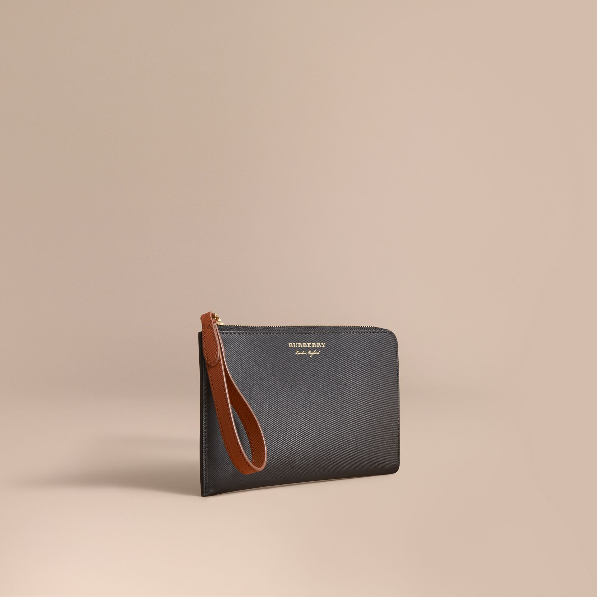 Two-tone Trench Leather Travel Wallet in Black - Men | Burberry Canada - gallery image 1