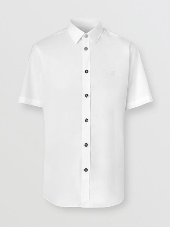 Camisa de manga corta en algodón elástico con detalle de monograma (Blanco)