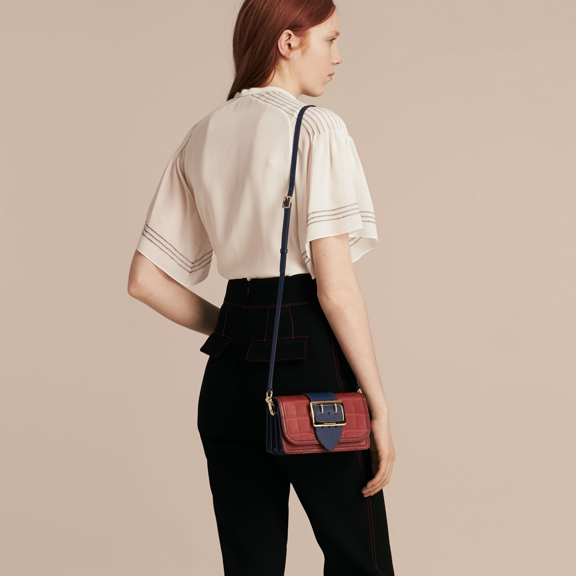 The Small Buckle Bag in Alligator and Leather Garnet Red/sapphire - gallery image 4