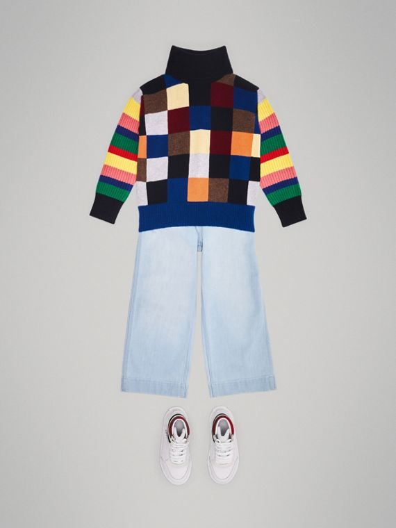 Suéter de cashmere com gola rolê e patchwork (Multicolorido)