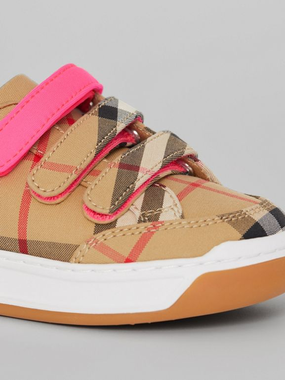 Vintage Check Sneakers in Antique Yellow/neon Pink - Children | Burberry Hong Kong - cell image 1