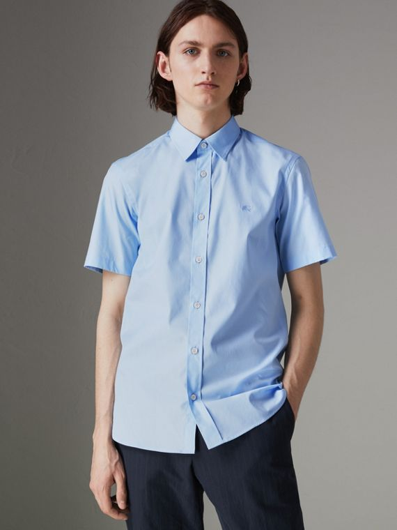 Short-sleeve Stretch Cotton Shirt in Pale Blue