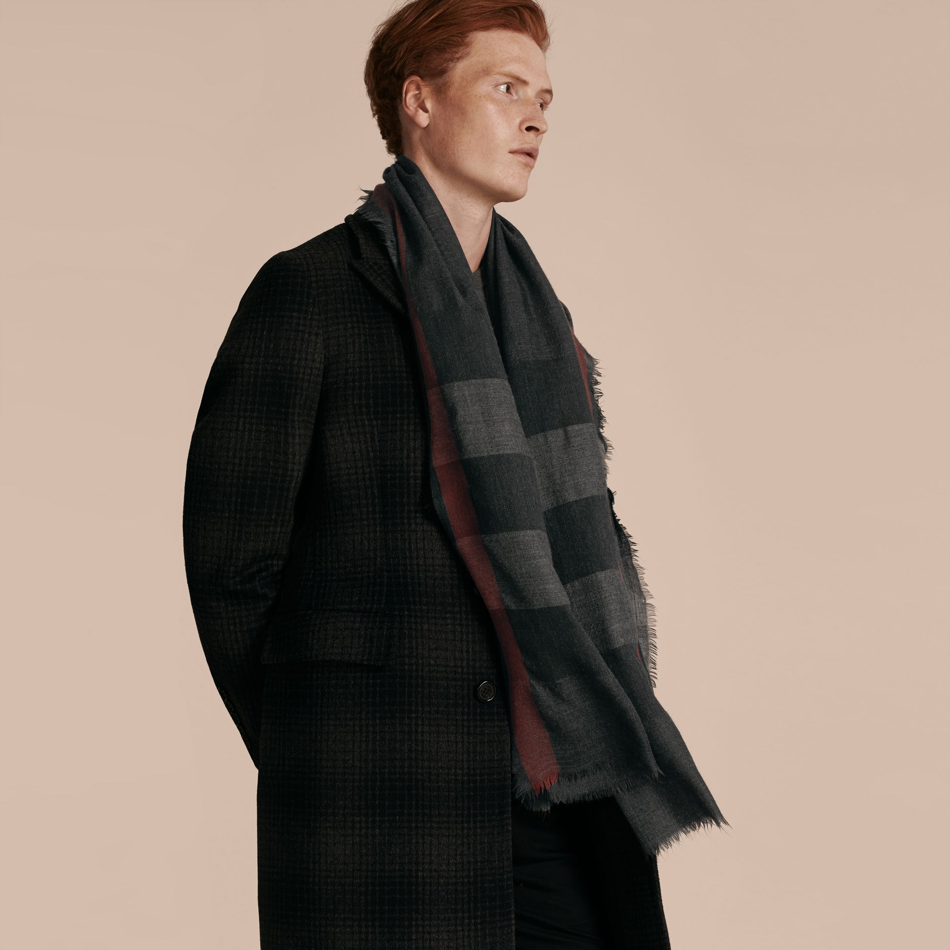 The Lightweight Cashmere Scarf in Check Charcoal - gallery image 4