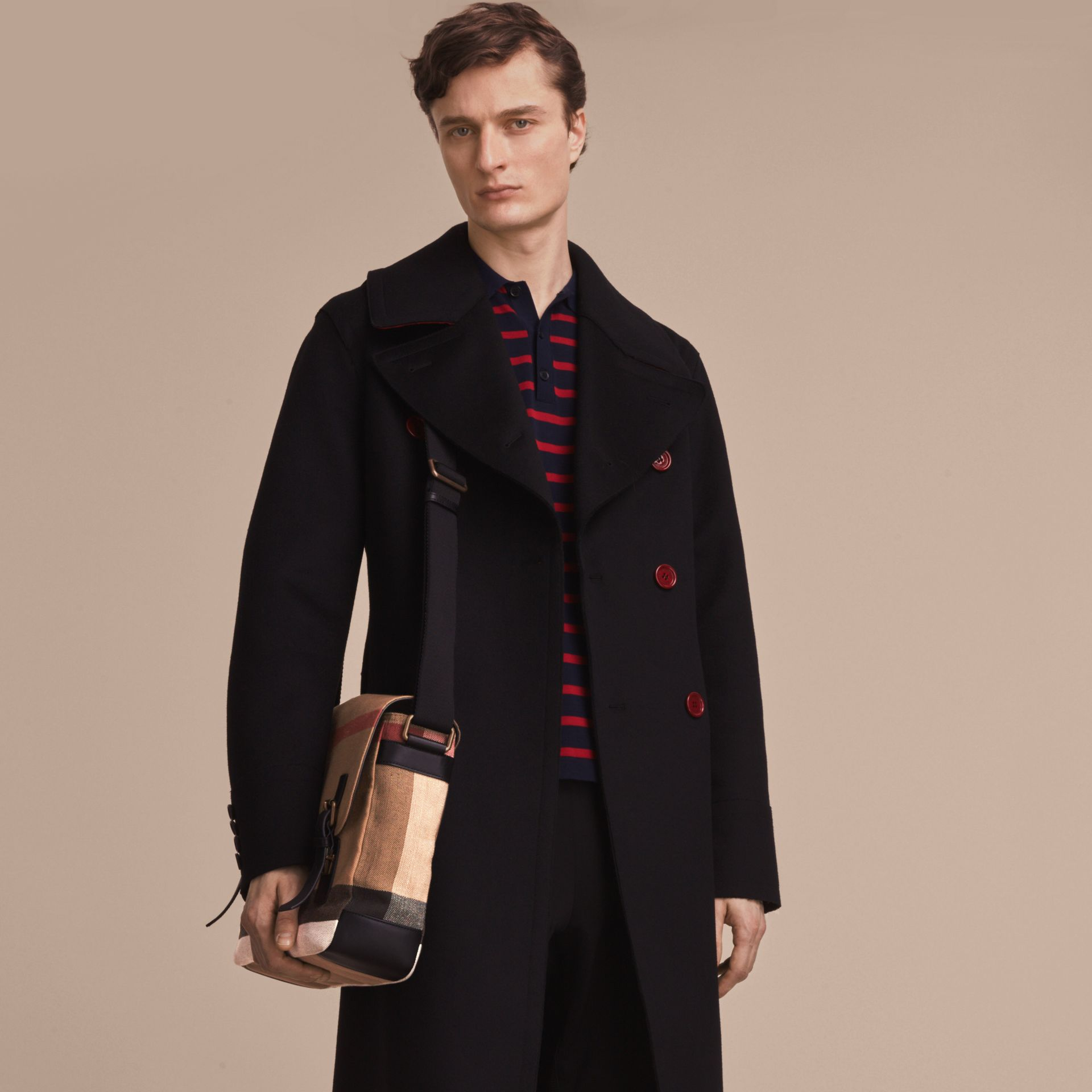 Grand sac Messenger en toile Canvas check et cuir (Noir) - Homme | Burberry - photo de la galerie 2