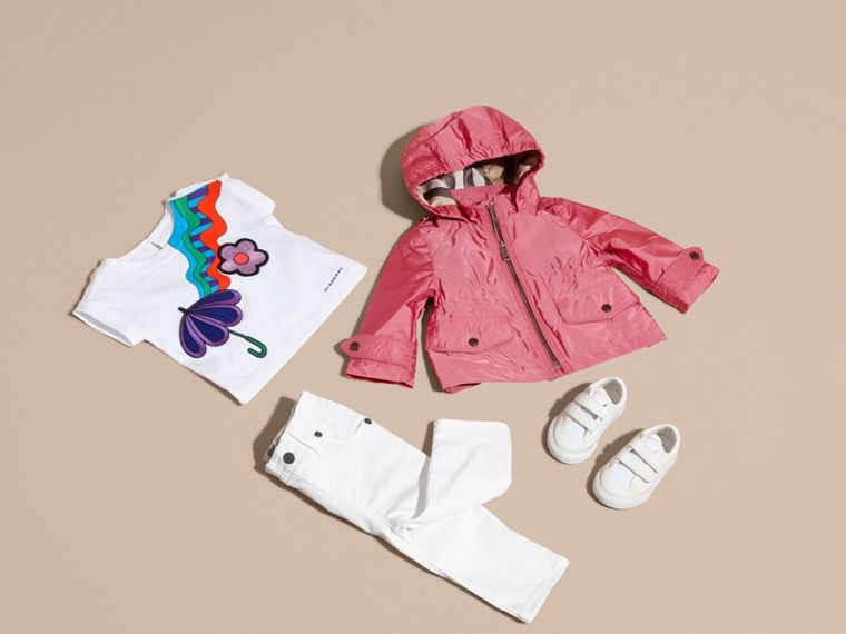 Hooded Packaway Technical Jacket in Pink Azalea - cell image 4