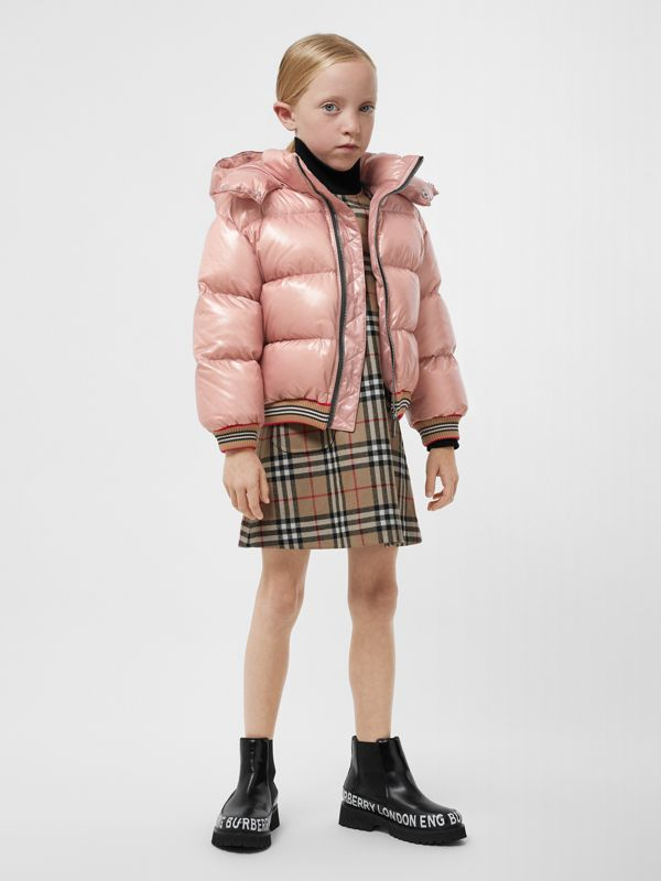 Icon Stripe Detail Hooded Puffer Jacket in Lavender Pink | Burberry - cell image 2