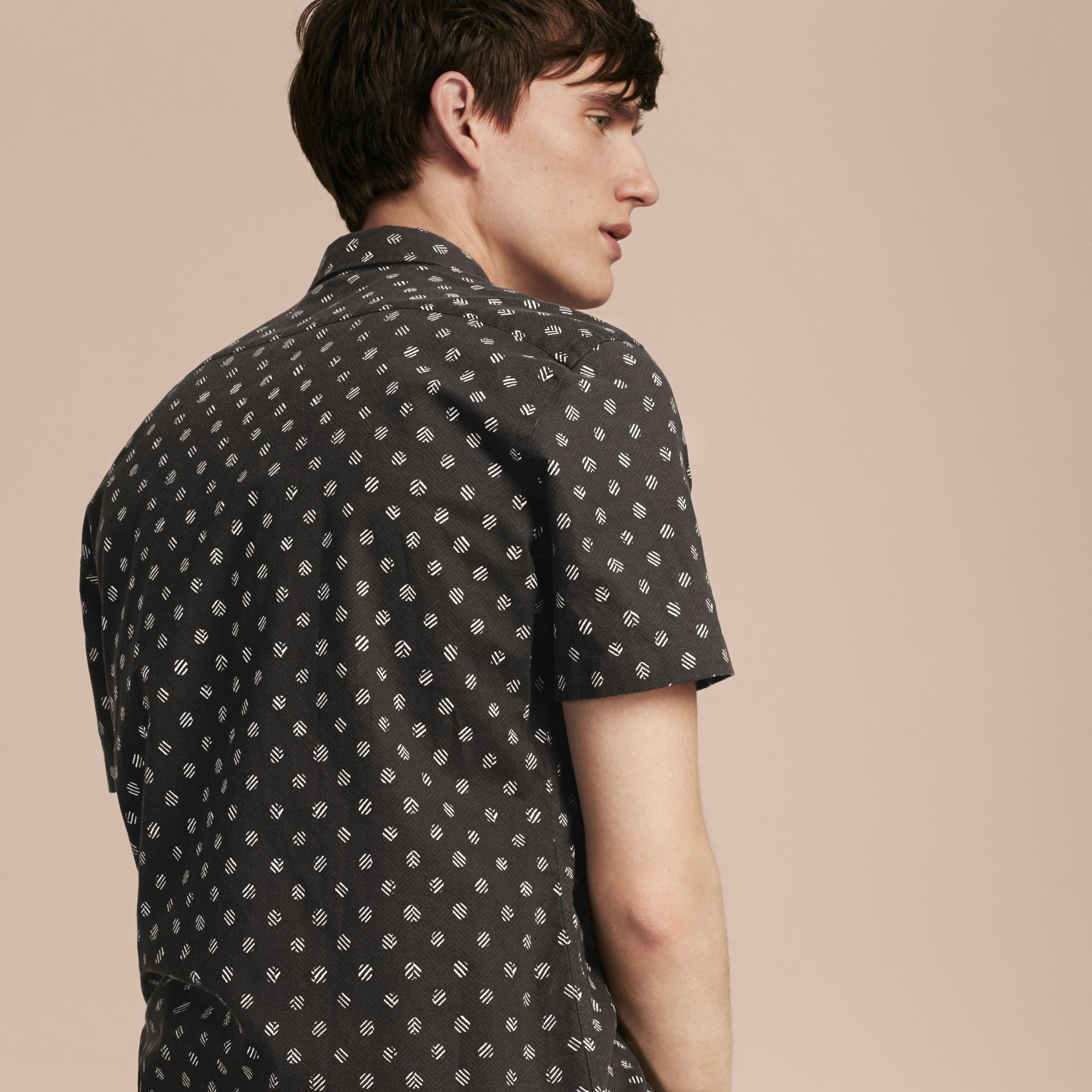 Black Short-sleeved Printed Cotton Linen Shirt - gallery image 3