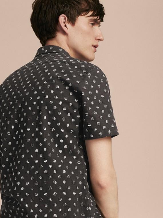 Noir Chemise en coton et lin à manches courtes avec imprimé - cell image 2