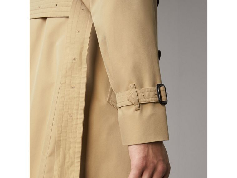 The Sandringham – Mid-length Heritage Trench Coat in Honey - Men | Burberry Canada - cell image 4
