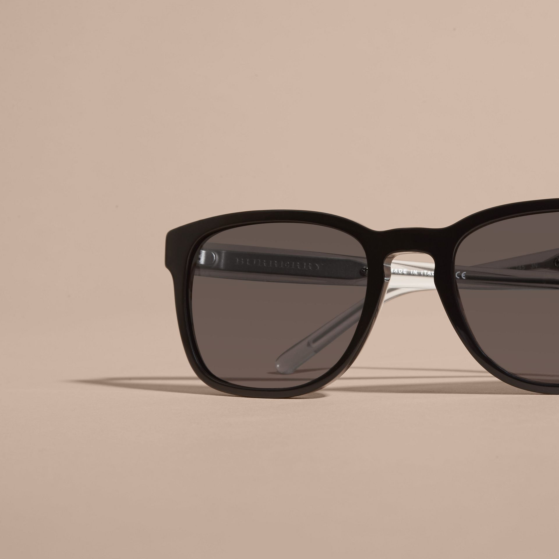 Check Detail Square Frame Sunglasses Black - gallery image 3