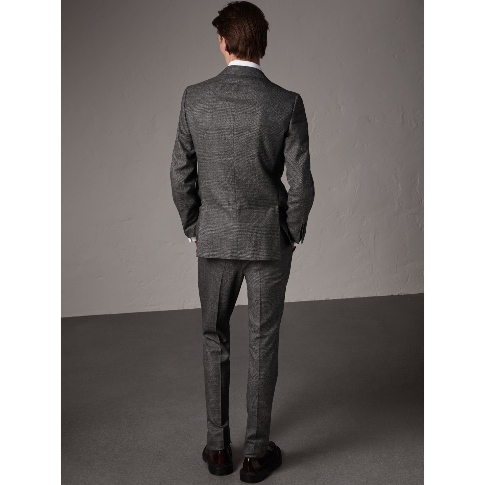 Soho Fit Houndstooth Check Wool Suit in Dark Grey Melange - Men | Burberry - gallery image 3