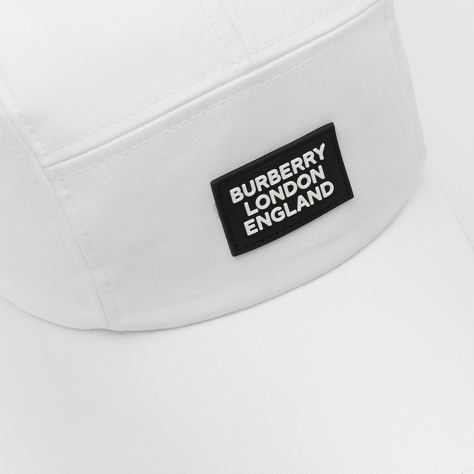 Logo Appliqué Cotton Bonnet Cap in Optic White | Burberry United States - gallery image 1